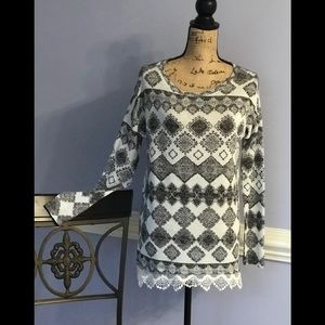 Tunic with cotton lace bottom
